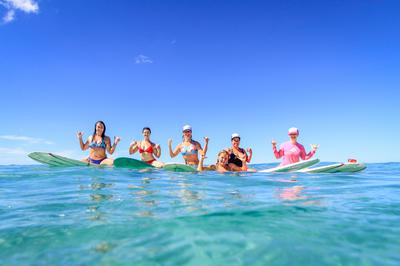 Women 39 s hawaii surf camp and adventure retreat for Mother daughter vacation destinations