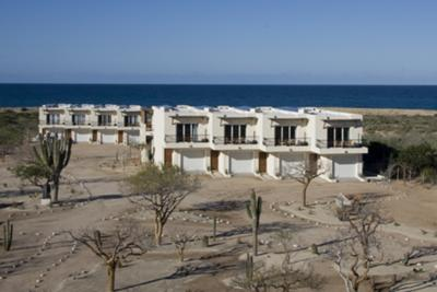 All guest accommodations look out toward the Pacific Ocean